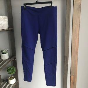 Fabletics Violet Purple Slits Leggings